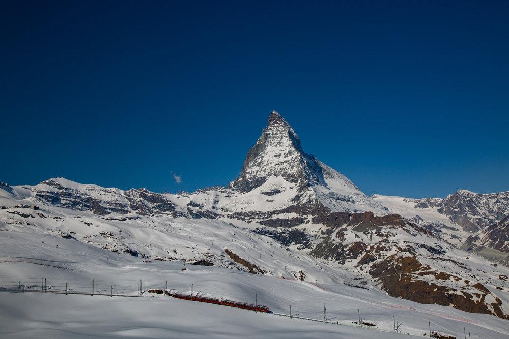 Blick zum Matterhorn vom Gornergrat-Skigebiet - © Skiinfo