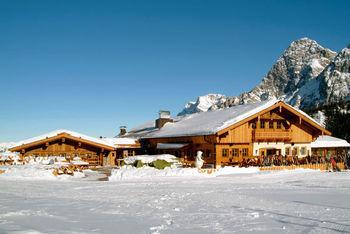 Die Sunnalm im familienfreundlichen Skigebiet Biberwier-Marienberg in Tirol hat ein eigenes Kinderrestaurant