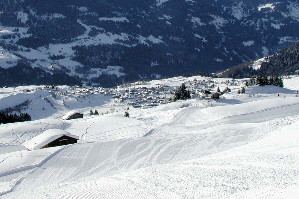 Das Skigebiet Brigels-Breil ist ein beliebtes Skigebiet bei Jung und Alt. - © Brigels Bergbahnen