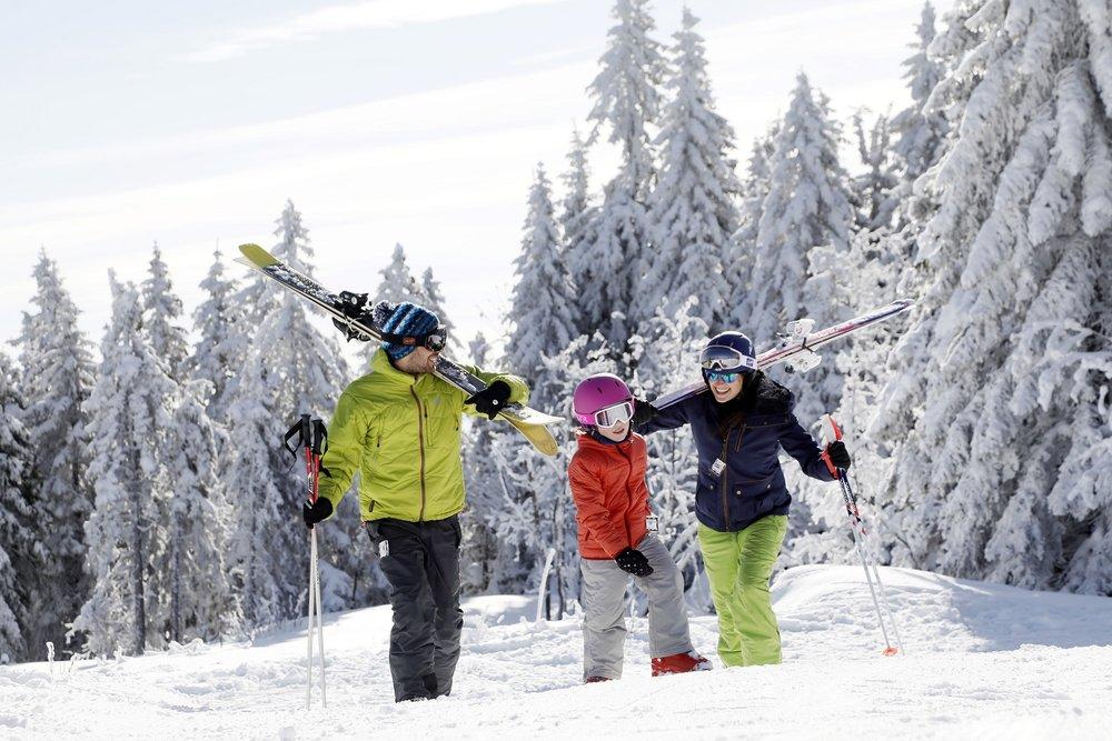 Ski en famille à Autrans - © Station Autrans-Méaudre en Vercors
