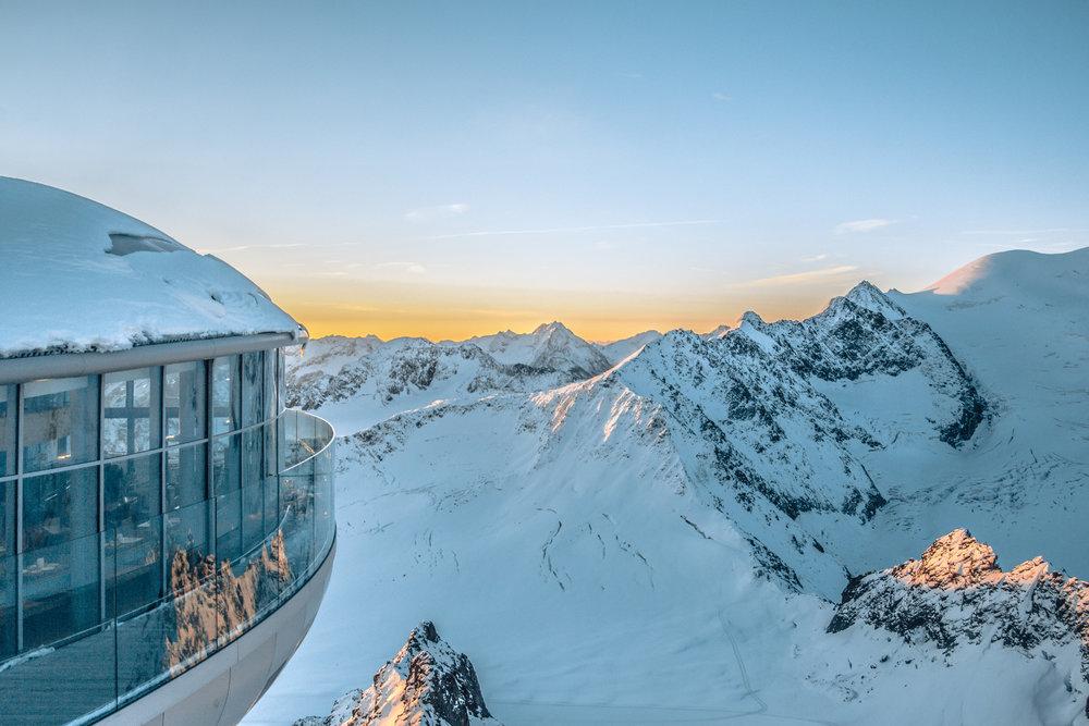 - © Pitztaler Gletscherbahn GmbH&CoKG