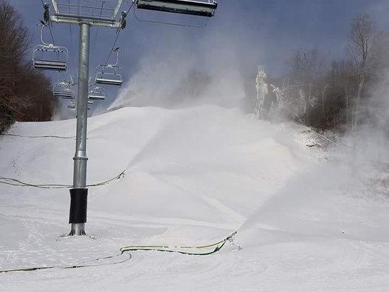 Gore Mountain - Snow guns on full! - © Robert's iPhone (2)