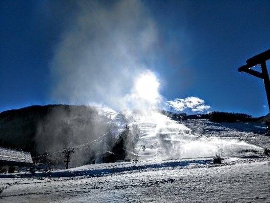 Vail - conditions are improving - © anonymous