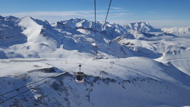 Les 2 Alpes - Conditions parfaites, neige tres froide, grand soleil. Le top! - © Yves