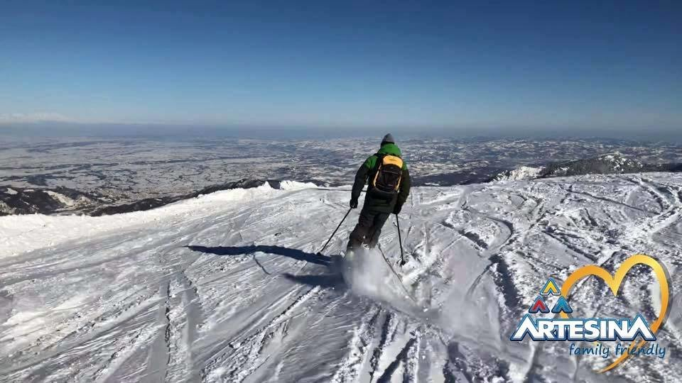 - © Artesina Mondolè Ski Facebook