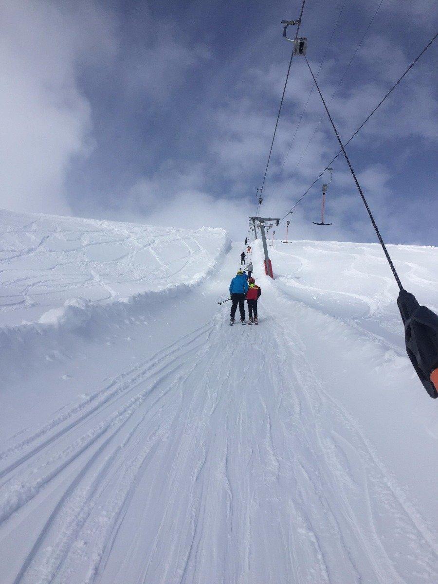 Harpefossen skisenter har gode forhold og forlenger skisesongen. - ©Tore Kroken Karlsen
