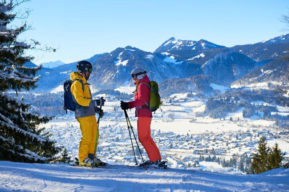 Ausblick vom Skigebiet Nebelhorn auf Oberstdorf - © Oberstdorf Kleinwalsertal Bergbahnen