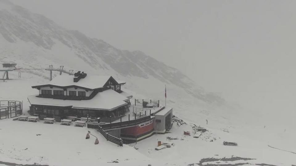Schnee in Sölden (10.09.2017) - © Soelden/Facebook