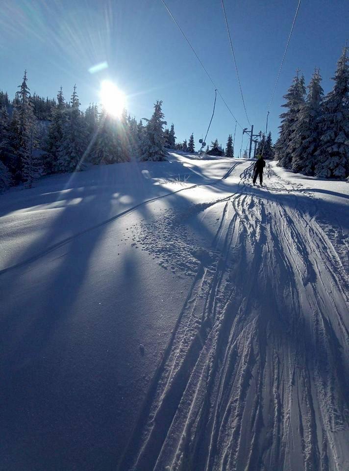 Sedlo Čertovica ponúka perfektné lyžiarske terény a často aj jedinečné freeridové príležitosti - © Ski Čertovica