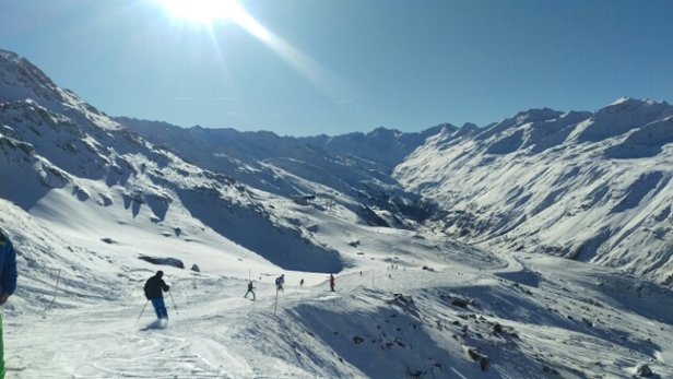 Obergurgl-Hochgurgl - Almost a meter of snow over two days, 27-28 Dec. Great conditions on the 29th - Bluebird Day! - © anonymous