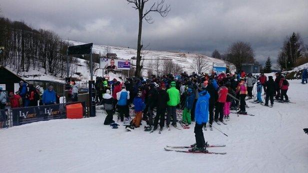 Zieleniec Ski Arena - Kolejki, kolejki... Poza tym warunki ok. - © Karol