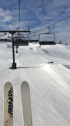 Brandywine - beautiful day to ski!  - © skiohio