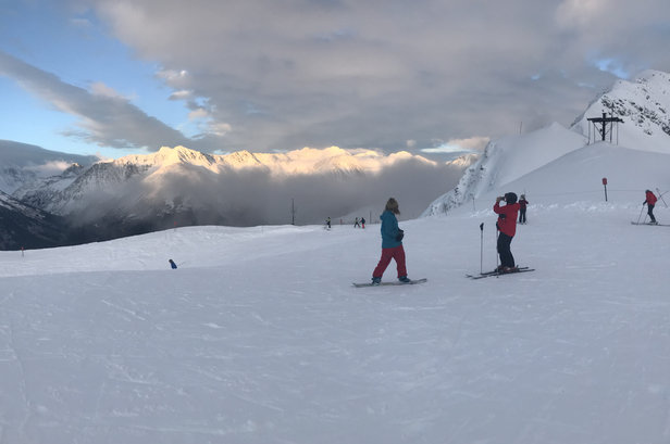 Alyeska Resort - The clouds went away and it was a whole new mountain on top of fresh pow!  - © Marq's phone