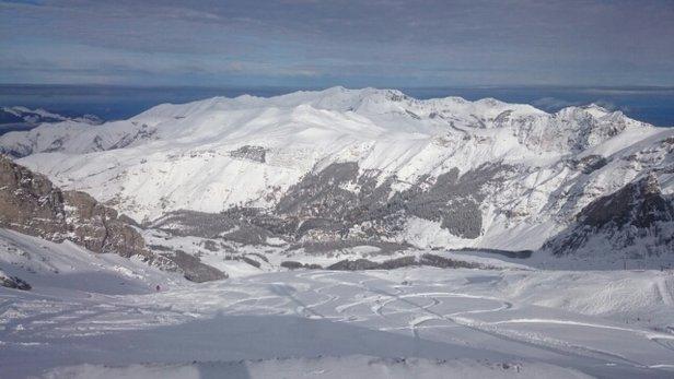 - © skier