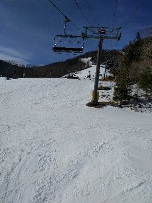 Hunter Mountain - soft stung conditions snow. but it is so crowded. lines are everywhere.  - © anonymous