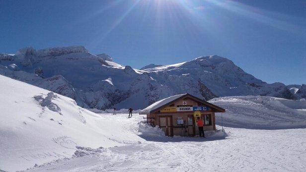 Pralognan la Vanoise - dimanche 28 janvier 2018 quel beau temps a pralognan, neige bonne - © sylviehuard77200