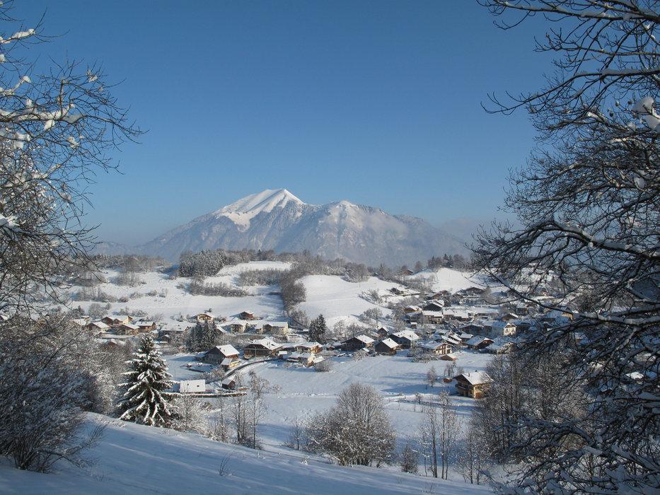 Vue sur la station village du Mont Saxonnex - © Alain Duval