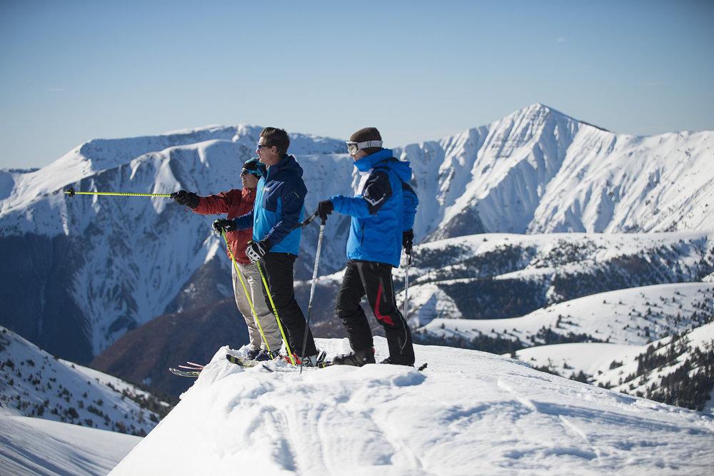 Session ski hors piste aux abords du domaine skiable de Chabanon - © Station de Chabanon