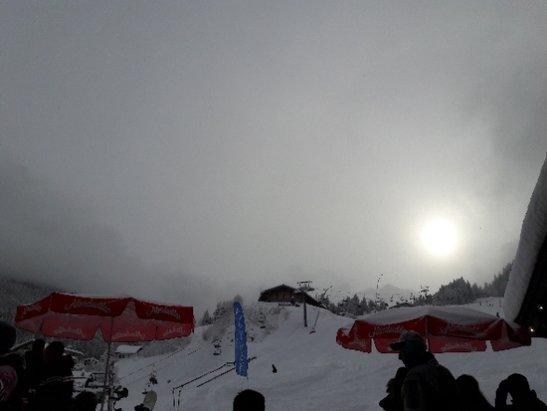 Bad Hofgastein - Bad Gastein - Skischaukel Schlossalm-Angertal-Stubnerkogel - Frischer Schnee und dementsprechend die Sicht, aber dennoch sehr sch - © Anonym