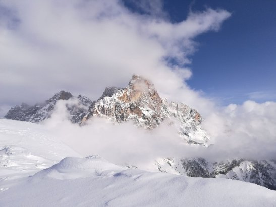 San Martino di Castrozza - Passo Rolle - phenominal snowboarding both on and off piste. - © anonymous