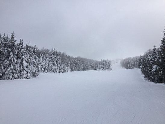 Schia Monte Caio - Prato grosso come poche volte si  - © iPhone di Elena