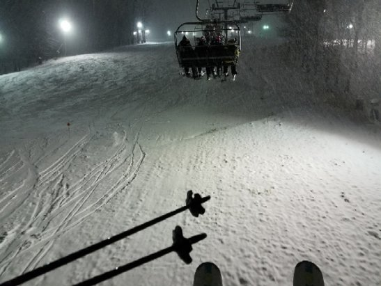 Whitetail Resort - slow lift but good skiing - © des