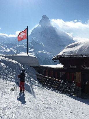 Zermatt - Great day here in Zermatt, cold , dry powder. The best views in the worlds - © iPhone