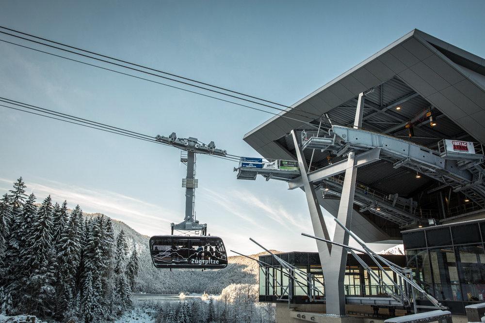 Die topmoderne neue Seilbahn auf die Zugspitze - © © Bayerische Zugspitzbahn Bergbahn AG/Max Prechtel
