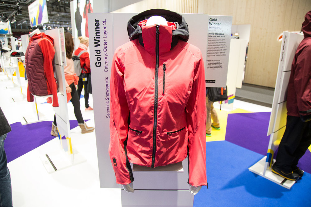 Gold Award Gewinner: Helly Hansen Paradise Heat Jacket - © Skiinfo | Sebastian Lindemeyer