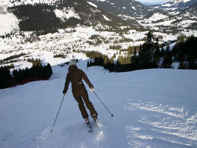 Skifahrer am Oberjoch, Deutschland.
