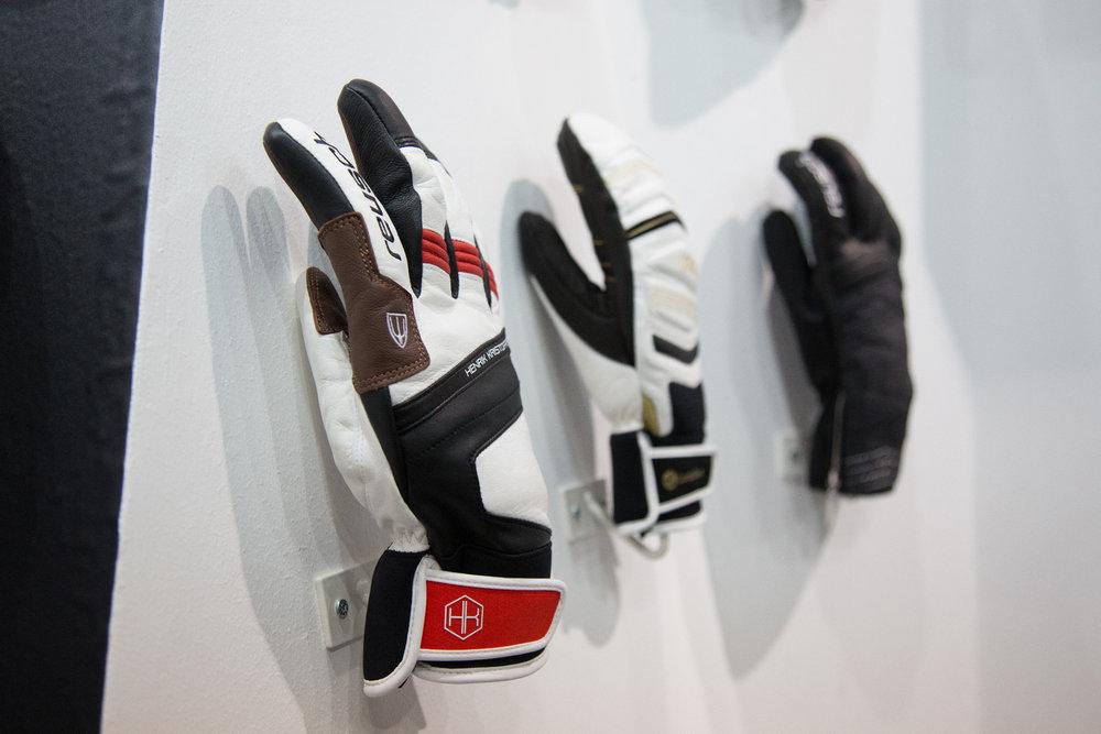 De Reusch Matador handschoen van Henrik Kristoffersen - © Skiinfo | Sebastian Lindemeyer