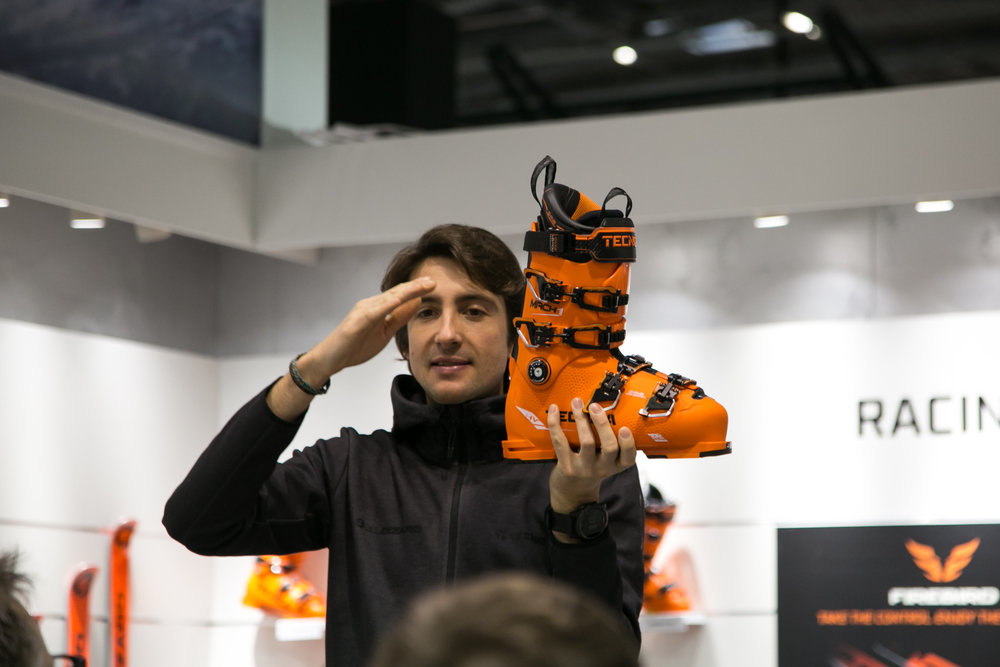 De Mach 1 van Tecnica, een sportieve skischoen, nu ook voor brede en grote voeten. - © Skiinfo | Sebastian Lindemeyer
