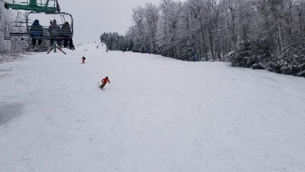 Elk Mountain Ski Resort - It gets 5 stars because this is about as good as it gets in PA!  all the new snow bonded beautifully to the base so it's soft, consistent snow from edge to edge.  They've also left a number of trails ungroomed so there are a lot of fun soft bumps to play in. - © james