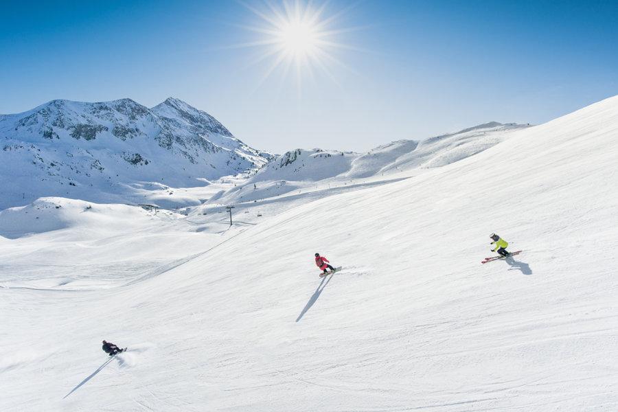 Skifahren in Obertauern - © TVB Obertauern