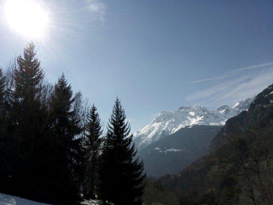 Alpe d'Huez - semaine superbe  - © isa