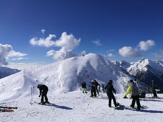 Foppolo - Carona - Brembo Ski - Bella giornata, sciato bene.  - © Anonimo