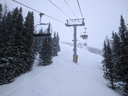 Sunshine Village - Lots of powder, sweet spring skiing day! - © Todd