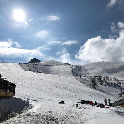 Prali - 12 Maggio 2018 grande giornata, piste tenute benissimo e neve spettacolare alla mattina. - © Matteo