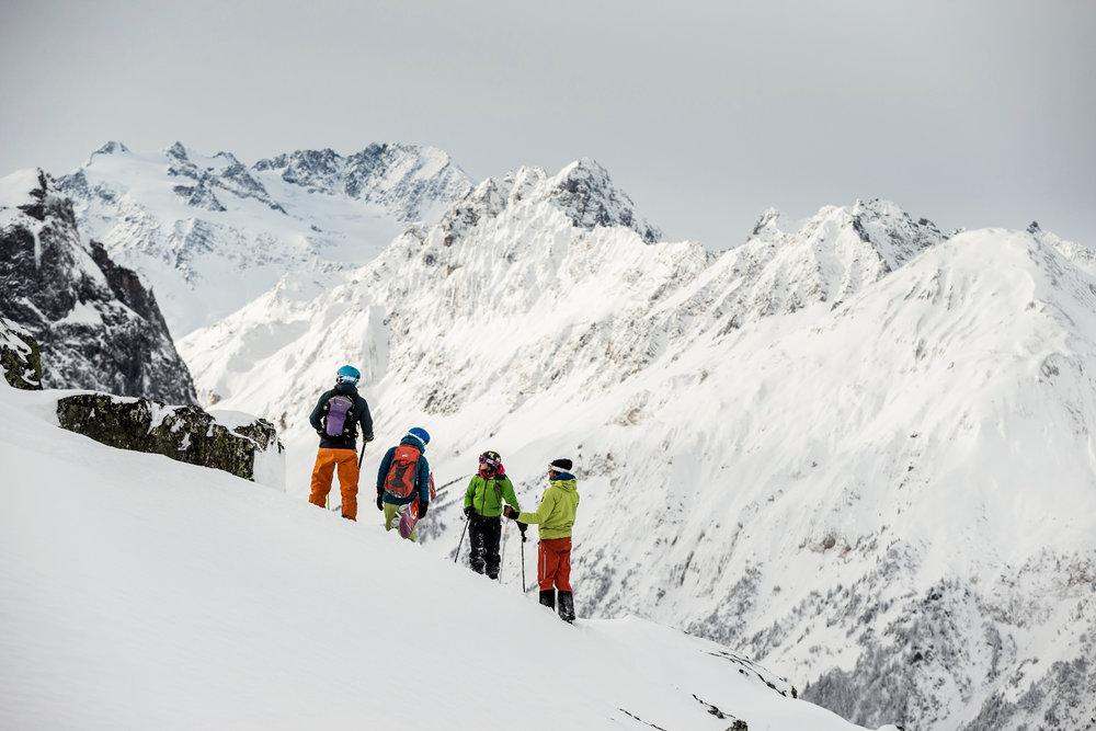 Session freeride sur les pentes enneigées de Pralognan la Vanoise - © Steph Cande