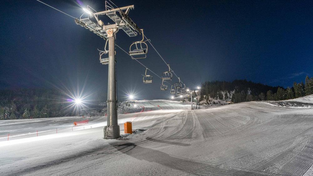 Nachtskifahren im Skigebiet Leutasch - © Olympiaregion Seefeld