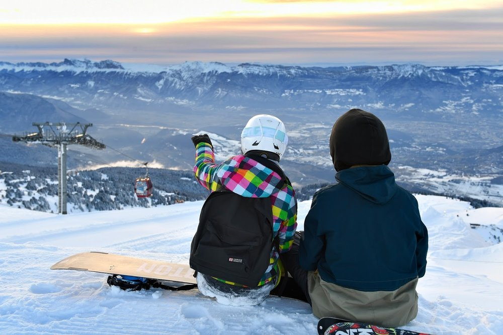 Vue sur le bassin Grenoblois depuis le domaine skiable de Chamrousse - © Fred Guerdin / Office de Tourisme de Chamrousse
