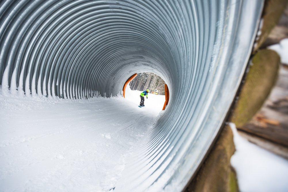Součástí tratě Funline je i lyžařský tunel - © Horský resort Dolní Morava