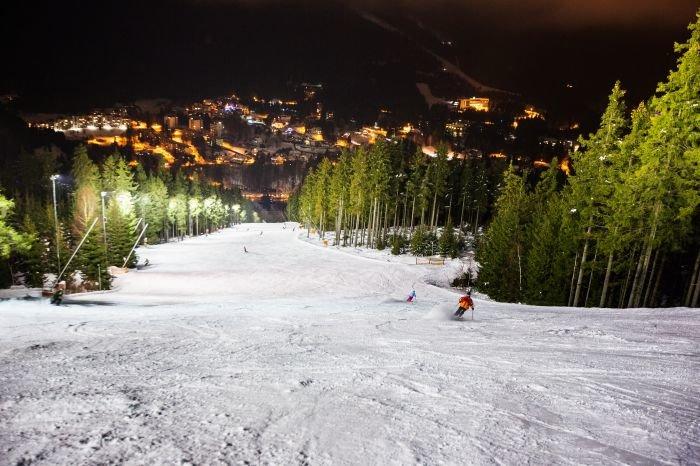 Večerní lyžování na osvětlené sjezdovce - © Skiareál Špindlerův Mlýn
