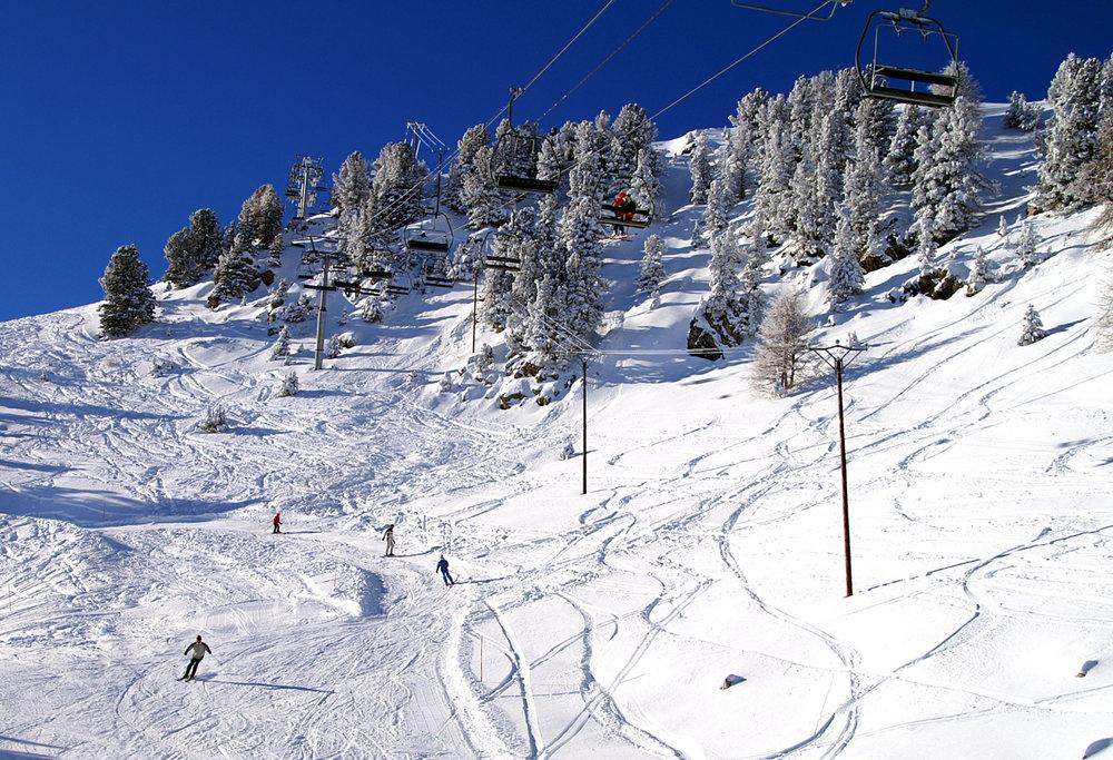 Encore une belle journée de ski et de glisse sur les pistes de ski de St Jean Montclar - © Station de ski de Montclar