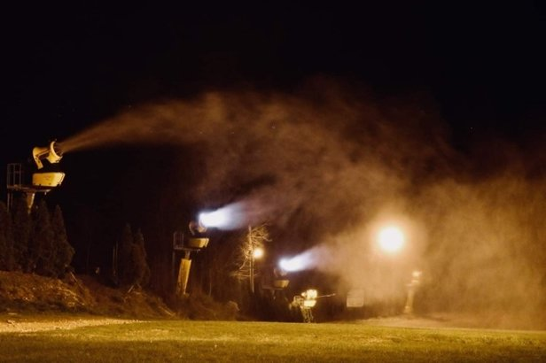 Blue Mountain Resort - They started blowing snow tonight!  - © ChoochCharlie