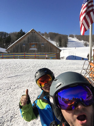 Mount Snow - Great bluebird day  - © Joseph's 6s