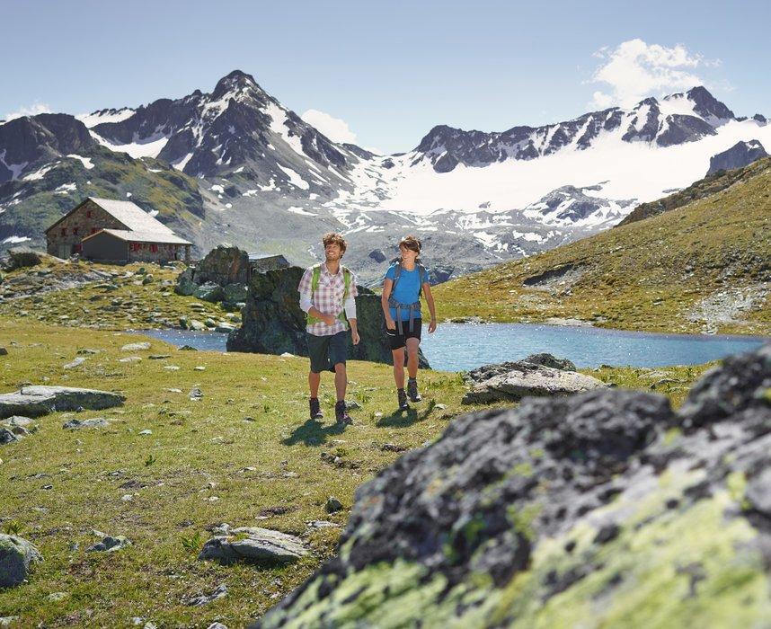 Wandern in Davos Klosters - © Davos Klosters/Stefan Schlumpf