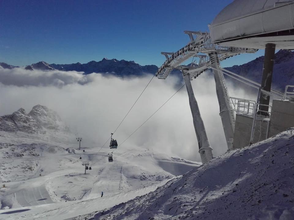 Herrliche Schneebilder vom Kaunertaler Gletscher - © Facebook Kaunertaler GletscherFacebook Kaunertaler Gletscher