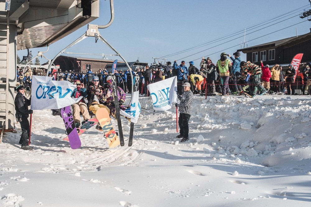 Guests were treated to a bluebird opening day at Mammoth this year. - © Mammoth Mountain