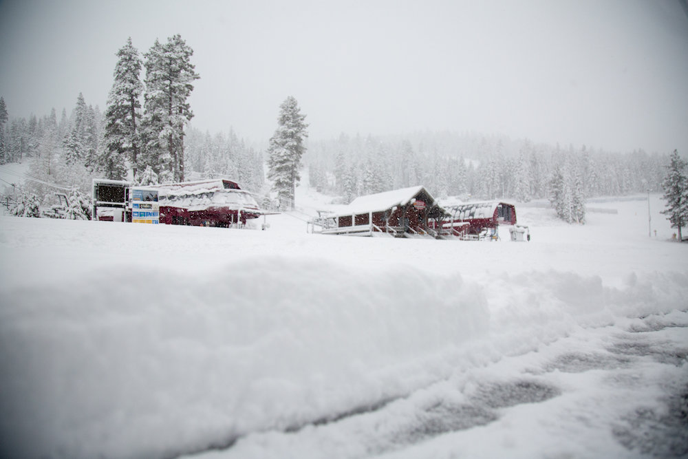 Northstar sporting an 18 inch dump over 48 hours.  - © Northstar California Resort